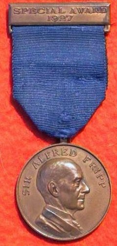 Obverse of Special Award medal