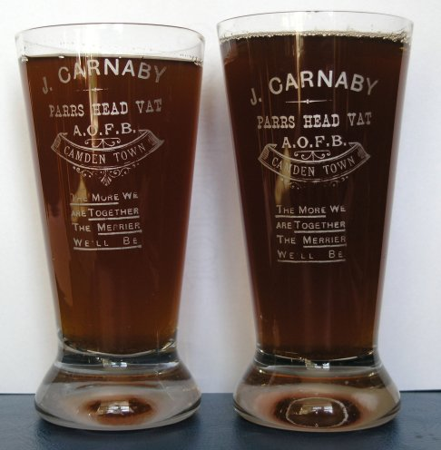 John Carnabys glasses - Parrs Head Vat London